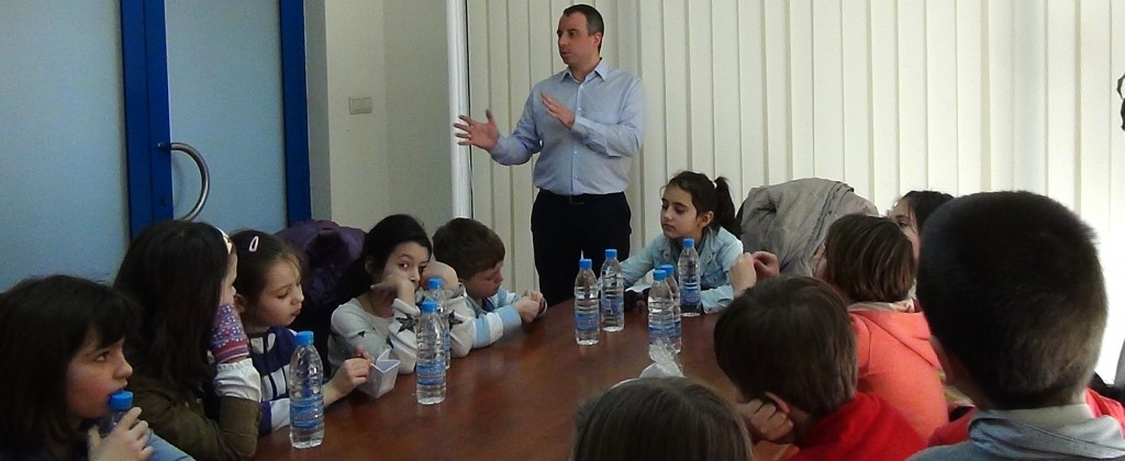 novacon-bulgaria-the-payroll-and-accounting-company-meeting-with-young-entrepreneurs-cover