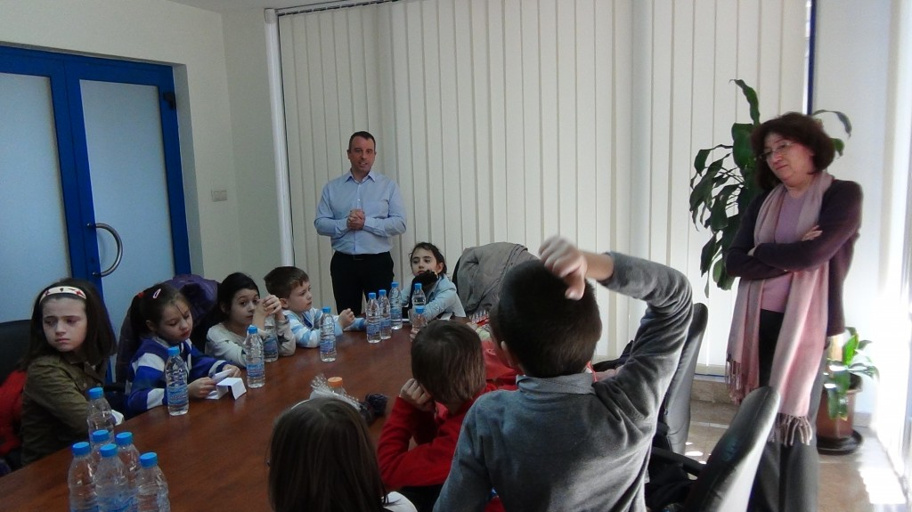 novacon-bulgaria-the-payroll-and-accounting-company-meeting-with-young-entrepreneurs10