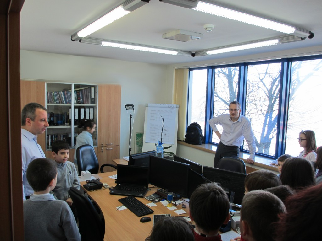 novacon-bulgaria-the-payroll-and-accounting-company-meeting-with-young-entrepreneurs12