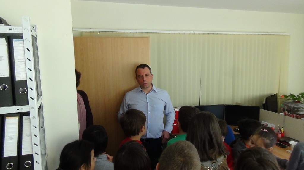 novacon-bulgaria-the-payroll-and-accounting-company-meeting-with-young-entrepreneurs5