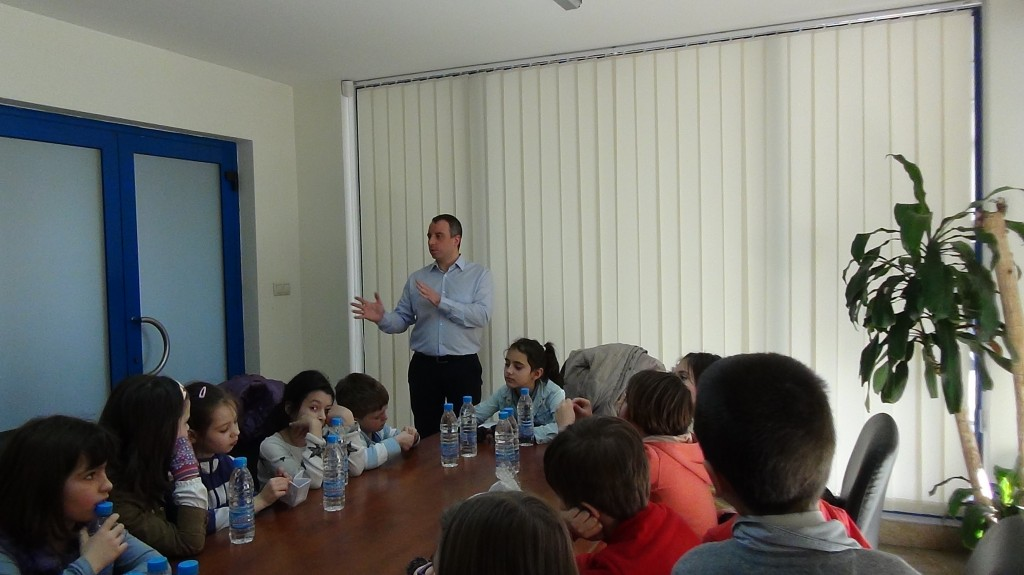 novacon-bulgaria-the-payroll-and-accounting-company-meeting-with-young-entrepreneurs8